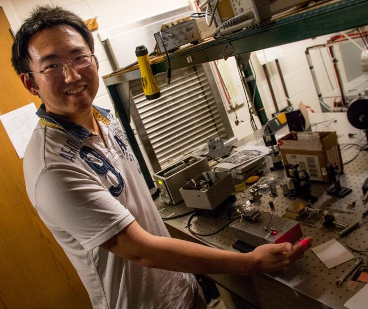 Visit to Purdue Optics Lab-025